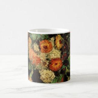 ジニアおよびゼラニウムのファインアートを用いるゴッホのつぼ コーヒーマグカップ