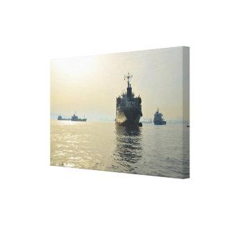 ジブラルタルの大きい船アンカレッジ キャンバスプリント