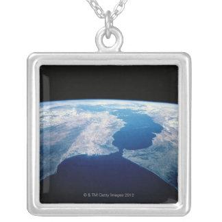 ジブラルタル海峡 シルバープレートネックレス