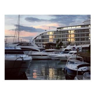 ジブラルタル-海の村(K.Turnbullの芸術) ポストカード