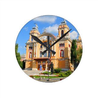 ジプシークルージュNapocaの国立劇場そしてオペラ ラウンド壁時計