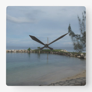 ジャマイカの時計の岩が多い桟橋 スクエア壁時計