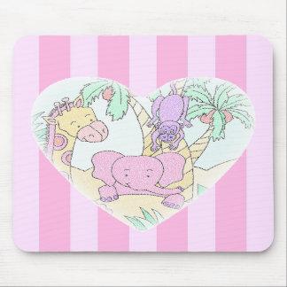 ジャングルのベビーのハート2のmousepad -ピンクのストライブ柄が付いている… マウスパッド