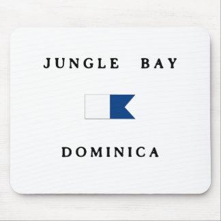ジャングル湾のドミニカのアルファ飛び込みの旗 マウスパッド