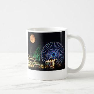 ジャージーの海岸のコーヒー・マグ コーヒーマグカップ