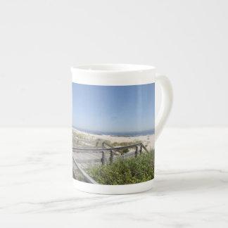 ジャージーの海岸のマグ ボーンチャイナカップ