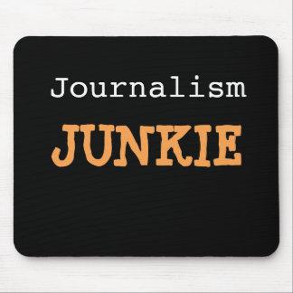 ジャーナリズムの麻薬常習者のジャーナリストの残酷でおもしろいな冗談の名前 マウスパッド