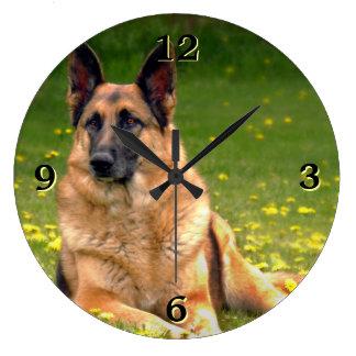 ジャーマン・シェパードの写真の柱時計 ラージ壁時計