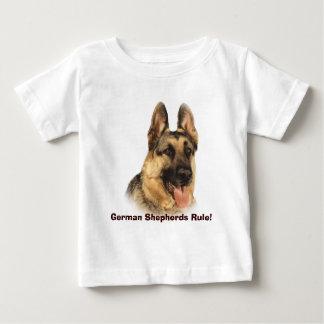 ジャーマン・シェパードの幼児のユニセックスなTシャツ ベビーTシャツ