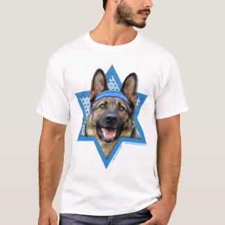 -ジャーマン・シェパードハヌカーのダビデの星 Tシャツ