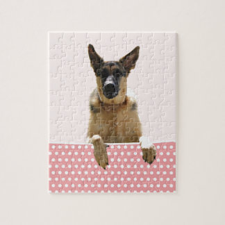 ジャーマン・シェパード犬のピンクの水玉模様 ジグソーパズル