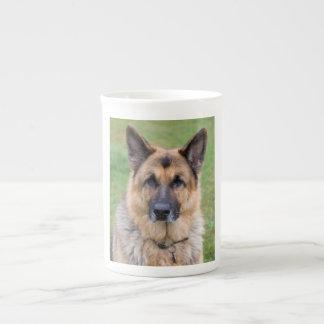 ジャーマン・シェパード犬の美しい写真の骨灰磁器のマグ ボーンチャイナカップ