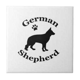 ジャーマン・シェパード犬の黒のシルエットの足のプリント タイル