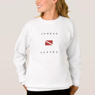 ジュノーアラスカのスキューバ飛び込みの旗 スウェットシャツ
