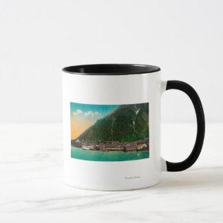 ジュノー、AlaskaJuneau、AK 2の町の眺め マグカップ