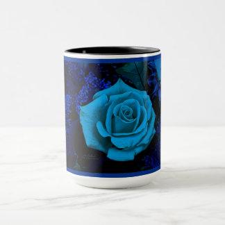 ジュリーEverhart著青いバラのコーヒー・マグ マグカップ