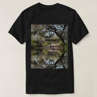 ジョンソンRd.の人の基本的な暗いTシャツ Tシャツ