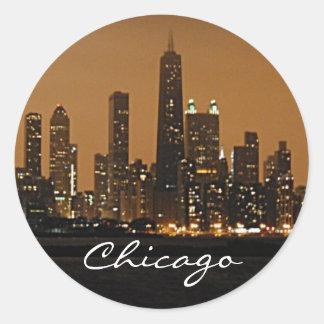 ジョンハンコックの中心の夜のシカゴのスカイライン ラウンドシール