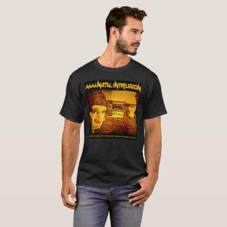 ジョーおよび妨害機 Tシャツ