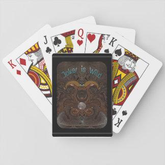 ジョーカーは野生でカードを遊びます トランプ