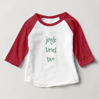 ジングルは2クリスマスのベビーのボディスーツを時間を計ります ベビーTシャツ