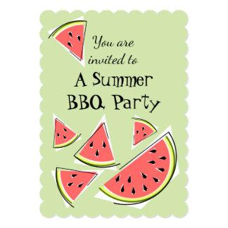スイカは緑の夏BBQの垂直を継ぎ合わせます カード