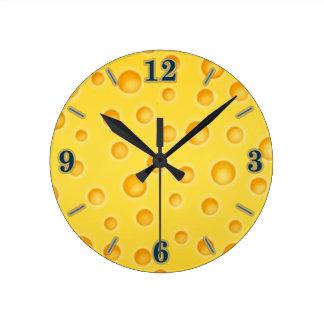 スイスチーズのCheezyの質パターン ラウンド壁時計