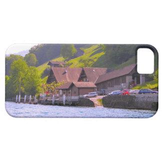 スイス連邦共和国、ルツェルンの湖畔の農場 iPhone SE/5/5s ケース