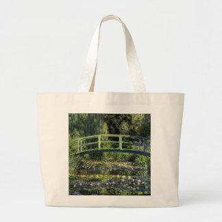 スイレンおよび日本のな橋 ラージトートバッグ
