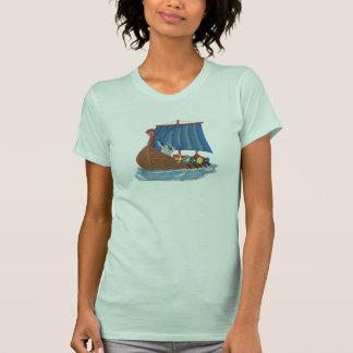 スウェーデンのバイキングの船のスカンジナビア人のおもしろい Tシャツ