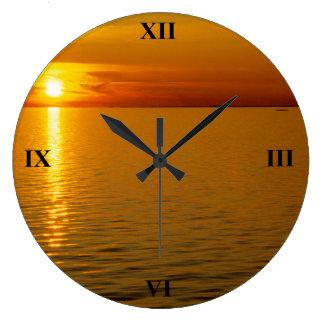 スウェーデンの島の日没 ラージ壁時計