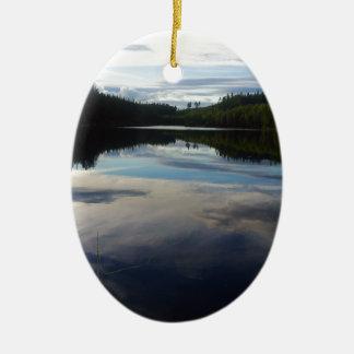 スウェーデンの素晴らしい湖 セラミックオーナメント