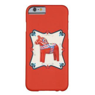 スウェーデン人のDalaの馬のスカンジナビアの民芸 Barely There iPhone 6 ケース