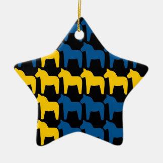 スウェーデン黒いDalaの旗 セラミックオーナメント