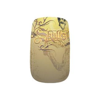 スカルおもしろいなスカル、バラを搭載する単語 ネイルアート
