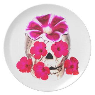 スカルおよびショッキングピンクの花 プレート