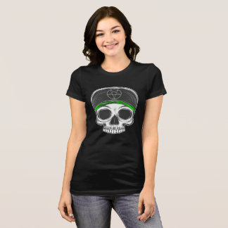 スカルのイラストレーション Tシャツ