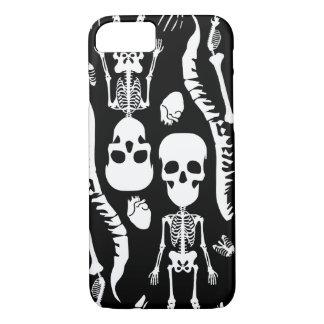 スカルのヘッドiPhone 7の箱-黒--をギャグで加工して下さい iPhone 8/7ケース