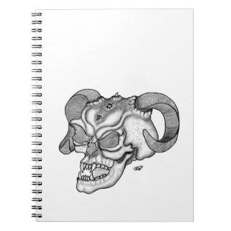 スカルの悪魔の頭部の白黒デザイン ノートブック
