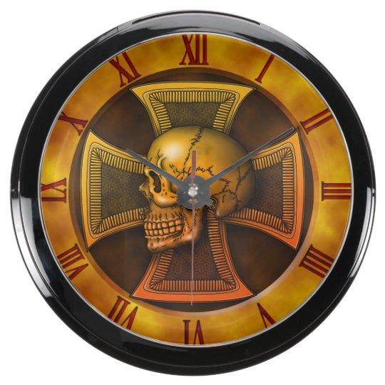 スカルの鉄十字の金ゴールド アクア壁時計