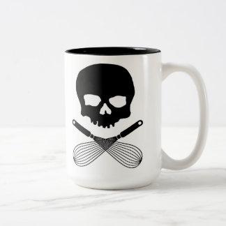 スカルはマグを払い、 ツートーンマグカップ