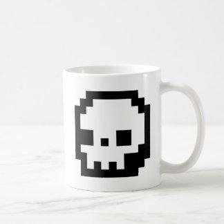 スカル8ビットピクセル芸術のマグ コーヒーマグカップ