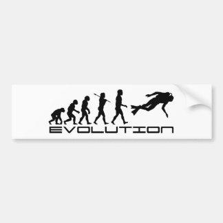 スキューバダイバーのダイビングのウォーター・スポーツの進化の芸術 バンパーステッカー