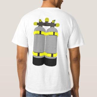 スキューバダイバーのTシャツ Tシャツ