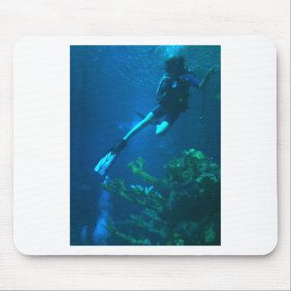 スキューバダイビング-潜る生命 マウスパッド