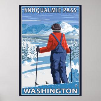スキーヤーの賞賛- Snoqualmieのパス、ワシントン州 ポスター