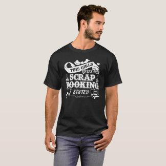 スクラップブック作りの姉妹のワイシャツ Tシャツ