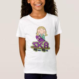 スケートボーダーの女の子の極端はTシャツを遊ばします Tシャツ