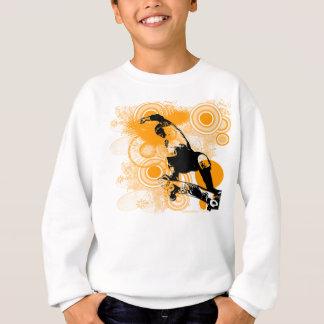 スケートボードをする空気 スウェットシャツ