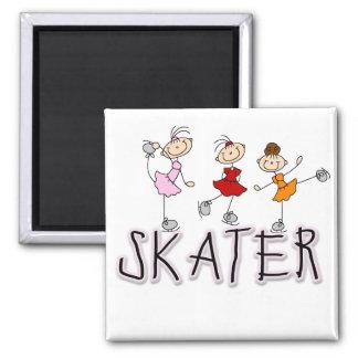 スケート選手の女の子のTシャツおよびギフト マグネット